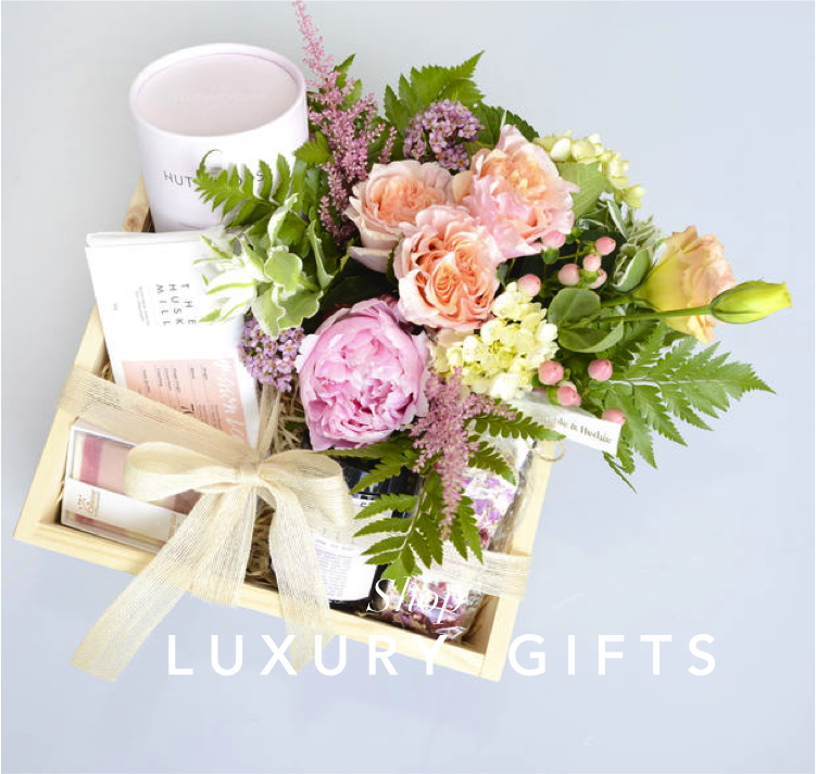 angies-floral-designs-best-seller-gifts-chocolates-flowers-el-paso-florist-79912-weddings-.png